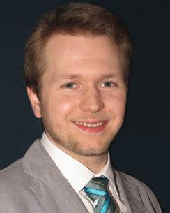 Dr. Martin Esmann